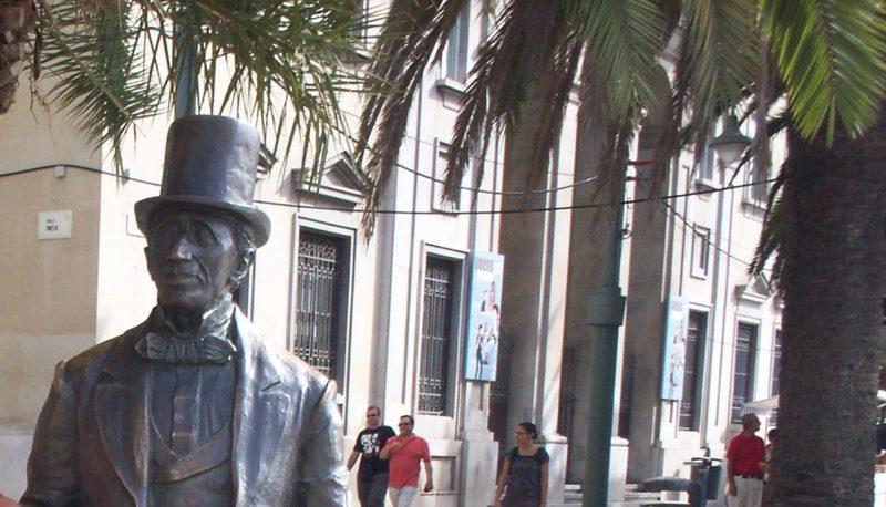 Malaga, statue of Christian Andersen