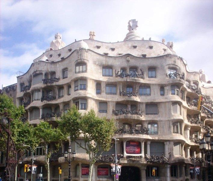 Barcellona, Casa Milà