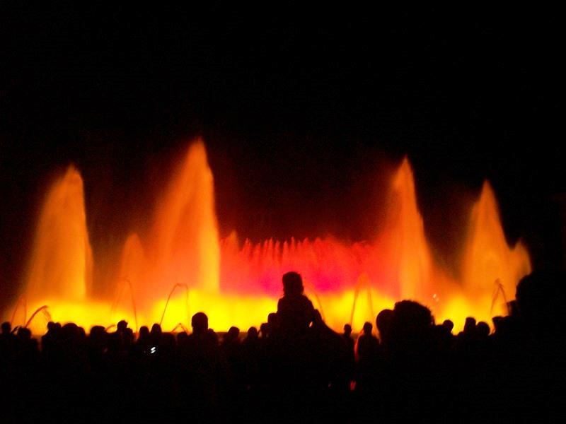 Barcellona, Fontane Magiche a Placa d'Espanya