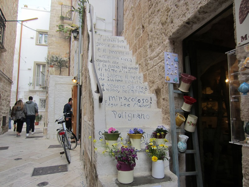 La scalinata più fotografata di Polignano a Mare
