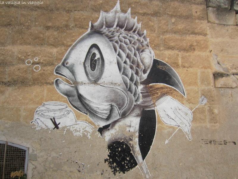 ... e la Street Art per le viuzze di Grottaglie.