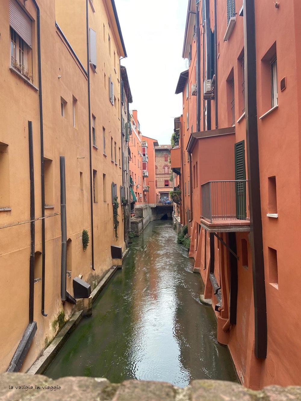 Finestrella sulla Piccola Venezia, Bologna